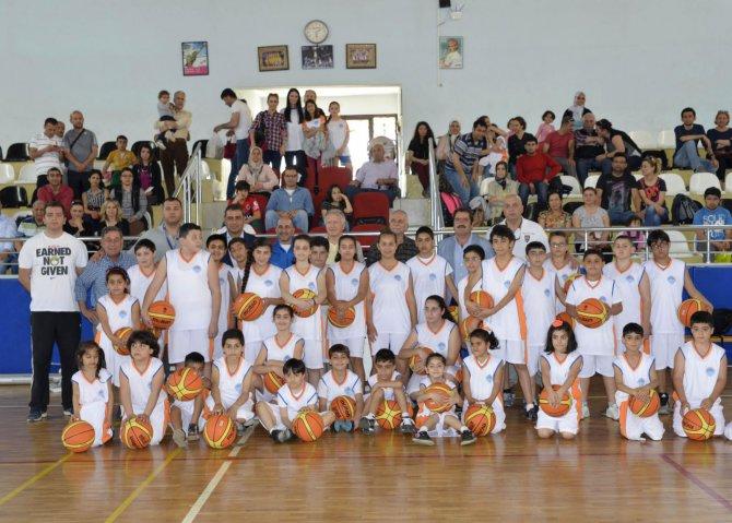 (4)-basketbol-akademisi-acildi.jpg