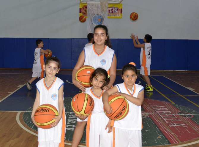 (5)-basketbol-akademisi-acildi.jpg