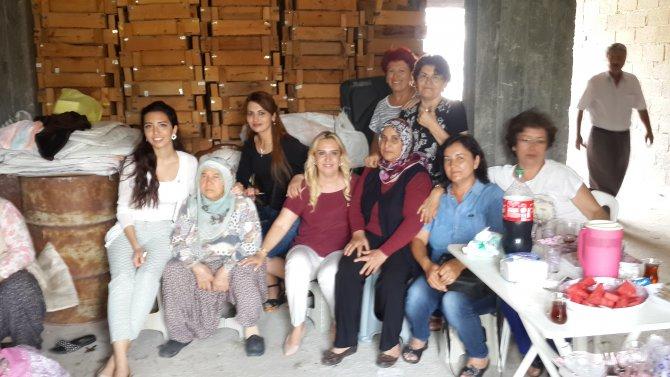 baysan-ailesi-koy-ziyaretinde-(1).jpg