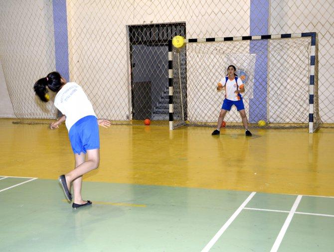 hentbol-akademisi-acildi-(4).jpg