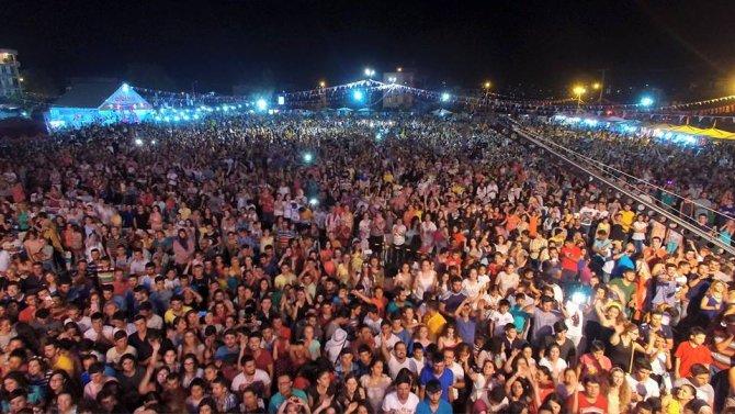 kultur-ve-muz-festivali-tum-coskusuyla-devam-ediyor-(3).jpg